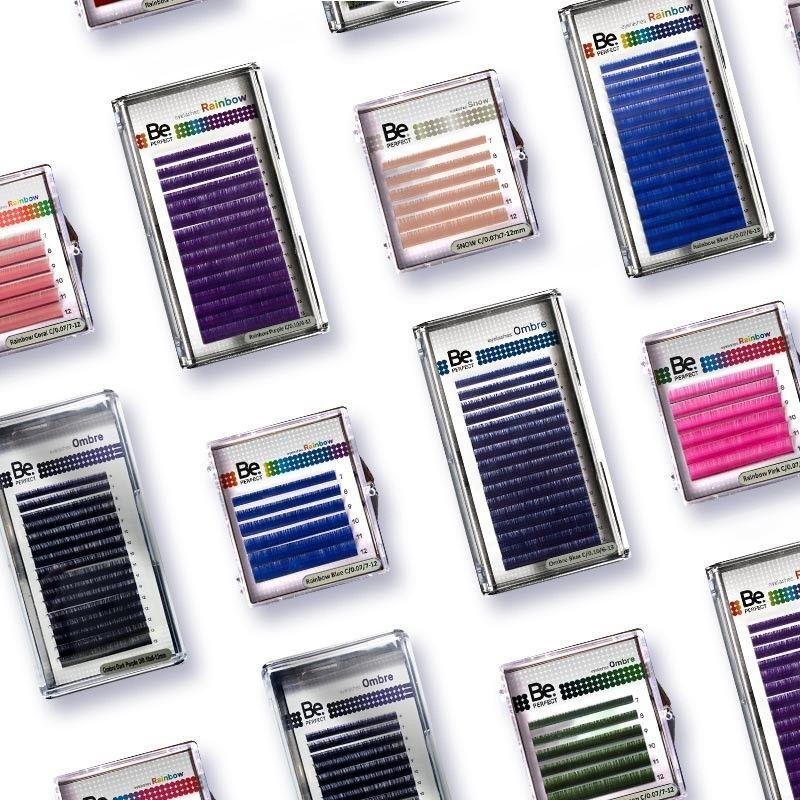 Наращивание цветных ресниц!Черный цвет ресниц - самый популярный в услуге наращивания, так как это классика, подходящая к любому образу и стилю.⠀Добавить изюминку во взгляд можно с помощью наращивания цветными ресницами, что сделает образ смелым, экстравагантным и игривым.⠀🍫 Коричневый цвет подойдет для создания натурального и мягкого эффекта.⠀💙 Синий. Не нужно думать, что синие ресницы украсят глаза только голубоглазых девушек или обладательниц серо-голубых глаз. Это распространенное заблуждение. Кареглазым девушкам тоже можно использовать яркий синий цвет в наращивании, он сделает взгляд более свежим и хорошо скроет следы усталости.⠀💚 Зеленый. Такие цветные ресницы смогут украсить рыжеволосых и русых девушек со светло-серыми или серо-зелеными глазами. Для обладательниц карих или каре-зеленых глаз можно смело рекомендовать изумрудный оттенок зеленого, он красиво оттенит глаза.Зеленый хорошо сочетается с черными и коричневыми ресницами. Кстати, девушкам с красными белками глаз, уставшими воспаленными веками лучше от зеленых ресниц отказаться.⠀💜 Фиолетовый. Брюнетка с карими глазами и глубоким сливовым оттенком на ресницах смотрится потрясающе. Также красиво выглядит сочетание серого и зеленого цвета глаз с легким фиолетовым акцентом на ресницах. Советуем Вам попробовать сочетание коричневого и фиолетового - не прогадаете!⠀Цветные ресницы для наращивания не имеют радикальных отличий от привычных черных, кроме цвета. Забота о них должна быть ровно такой же, как и при любом наращивании.