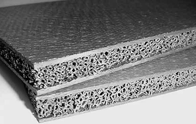 СОСТАВ И СТРОЕНИЕ КОМПОЗИЦИОННЫХ СТРОИТЕЛЬНЫХ МАТЕРИАЛОВМеханические и другие свойства композита определяются тремя основными параметрами: высокой прочностью армирующих волокон, жесткостью матрицы и прочностью связи на границе матрица-волокно. Соотношение этих параметров характеризуют весь комплекс механических свойств материала и механизм его разрушения. Работоспособность композита обеспечивается, как правильным выбором исходных компонентов, так и рациональной технологией производства, обеспечивающей сохранение их первоначальных свойств.Многообразие волокон и матричных материалов, а также схем армирования позволяет точечно регулировать показатели прочности, жесткости, а также уровень рабочих температур и другие механические и физические свойства материалов путем подбора состава, изменения соотношения компонентов и пр.Для волокнистых композиционных материалов существует несколько классификаций, например, материаловедческий (по природе компонентов); конструктивный (по типу арматуры и ее ориентации в матрице). Можно выделить несколько больших групп композитов: с полимерной матрицей (пластики), с металлической матрицей (металлокомпозиты), с керамической матрицей и матрицей из углерода.   В зависимости от происхождения волокон, применяемых для армирования, выделяют следующие разновидности композитов, к примеру, на полимерной матрице: стеклопластики, углепластики, боропластики, органопластики и т.д. То же и на других матрицах.Различают композиты и от способов армирования: компактнообразованные из слоев, армированных параллельно-непрерывными волокнами, армированные тканями с хаотическим и пространственным армированием.В зависимости от вида армирования композиты могут быть разделены на две группы: дисперсно-упрочненные и волокнистые, которые отличаются структурой и механизмом образования высокой прочности.   Дисперсно-упрочняющие композиты представляют собой материал в матрице которого равномерно распределены мелкодисперсные частицы, оптимальное их содержание 2-4%25. Но эф