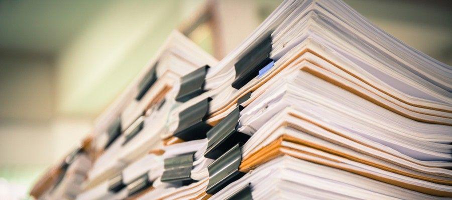 НЕОБХОДИМОСТЬ ОФОРМЛЕНИЯ ИСХОДНЫХ ДАННЫХ НА ПУСКОНАЛАДОЧНЫЕ РАБОТЫДЛЯ СИСТЕМ АСУ ТПСогласно требованиям ст.760 ГК РФ «Обязанности подрядчика», он подрядчик-проектировщик обязан согласовывать готовую техническую документацию с заказчиком, а при необходимости вместе с заказчиком - с компетентными государственными органами и органами местного самоуправления.    Поэтому все данные, указанные в Задании на проектировании, должны быть оформлены надлежащем образом и согласованы с Заказчиком объеме выполнения ПНР на основании проектных данных. В проекте при необходимости должна быть включена программа на ПНР и как обязательное требование для составления сметы -ВОР (требование пункта 4.1 МДС 81-35.2004. Как промежуточный итог всего строительно-инвестиционного процесса должен быть составлен сводный сметный расчет стоимости строительства (теперь это так называется «ССРСС», согласно приказу Минстроя РФ от 5 июня 2019 г.№ 326/пр).    Дополнительно включить описание программного обеспечения (ПО), как части проектной продукции, с указание функция ПО, используемая для достижения требований к АС и направленная на выполнение определенной задачи АС, описанной в проектных решениях. При этом для расчета стоимости работ (составлении сметы на инсталляцию и наладку ПО) необходимо, что бы разработчики указали в описании данного программного продукта, функции, достигаемые целенаправленным ручным воздействием в процессе настройки ПО АС. Так как функции, реализованные автоматически при настройке, АС (в процессе установки ПО или присутствующие по умолчанию) и не требующие участия наладчика, в сметных расчетах не учитываются.    Все эти данные будут основанием по которым можно проверить расчет стоимости работ на ПНР и эта информацию  которая подтверждает об объемах работ, необходимой исполнительной документации, которая согласно пункта 6 статьи 52 Градостроительного кодекса должна предшествовать при сдаче СМР и ПНР, как факта исполнения обязательств по договору подряда. Все это отражено в статья 